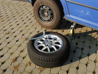 Replacement spare car wheel